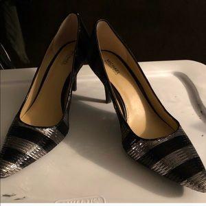 Gorgeous sparkle Michael Kors heels. Size 8M.